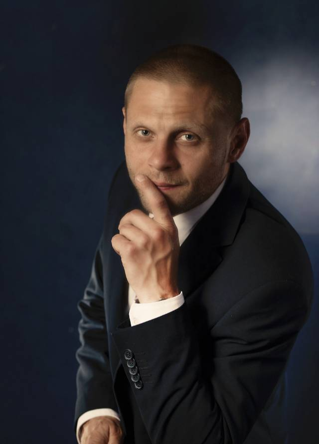 Łukasz Lolo zarządzanie nieruchomościami portret